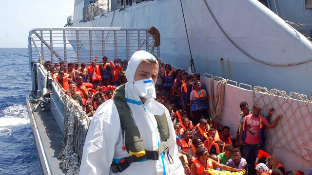 migrants lampedusa italie mare nostrum naufrage [AP Photo/Italian Navy - Keystone]