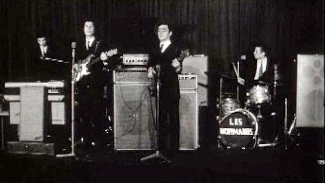 Le groupe, Les Normands, dans une discothèque de St-Moritz.
