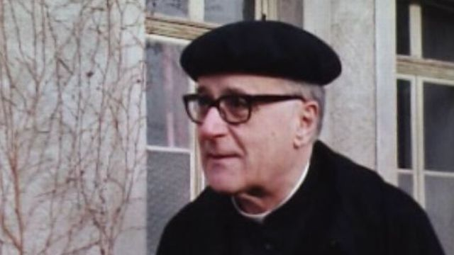 Rencontre avec le chanoine Fernand Boillat dans l'émission Présence catholique en 1977. [RTS]
