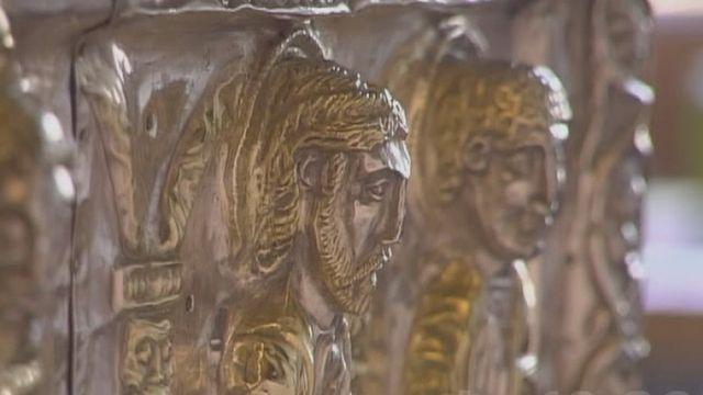 Une châsse du trésor de l'Abbaye de St-Maurice a été restaurée en 2002. [RTS]