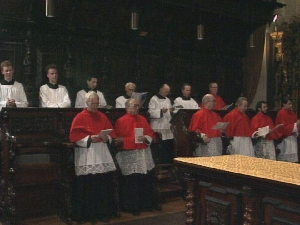Hommage aux martyrs de l'Abbaye de St-Maurice en 1990. [RTS]