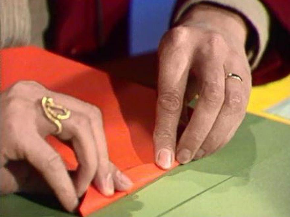 Fabriquer une aile delta en papier? Oui, c'est possible. [RTS]