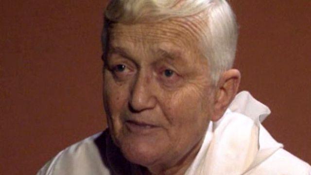 Portrait de frère Roger, pionnier du dialogue entre les religions.