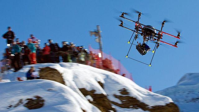 Drone au-dessus de la piste de Wengen. [Alessandro Della Bella - Keystone]