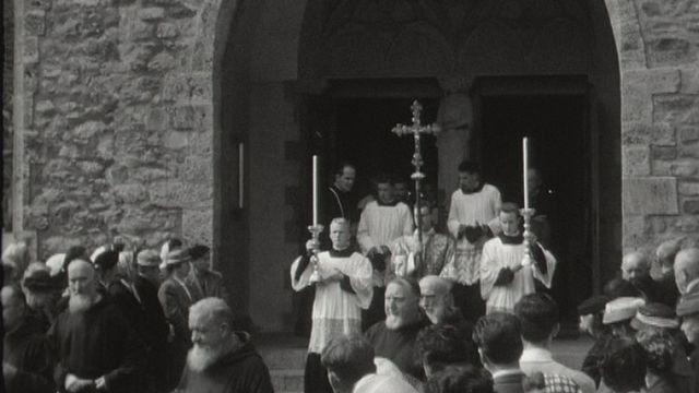 En procession [RTS]