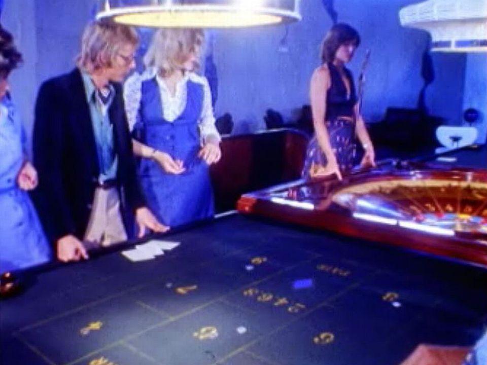 Les femmes mènent les jeux au Casino de Montreux. [RTS]