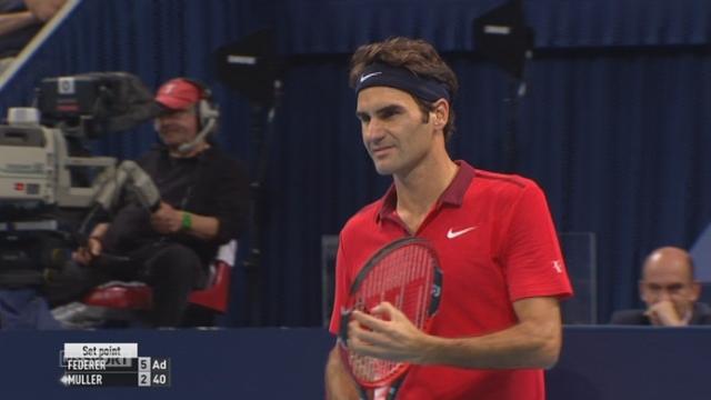 1er tour: Roger Federer (1-SUI) - Gilles Muller (LUX) (6-2). Bon match, bon Federer. 1er set expédié [RTS]