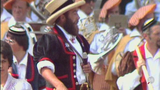 La Suisse présente les traditions qu'elle veut inscrire au patrimoine de l'UNESCO [RTS]