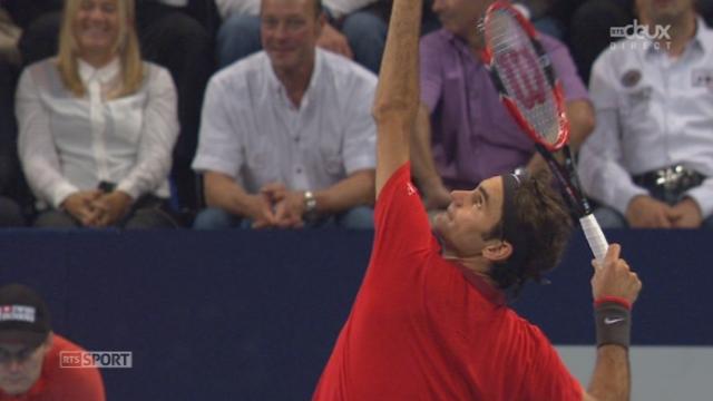 ⅛, Roger Federer (1-SUI) - Denis Istomin (RUS) (3-6 6-3 6-4). Le Suisse termine la partie par un jeu blanc et sera en ¼ [RTS]