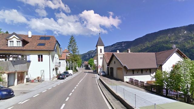 L'entrée du village neuchâtelois de Brot-Dessous. [Google Street View]