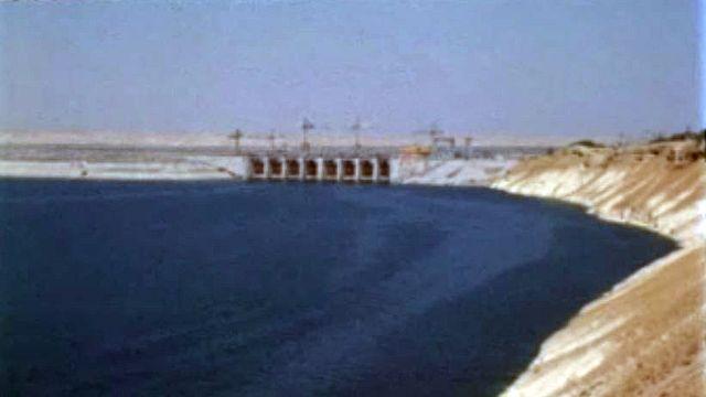 L'aide de l'URSS pour la construction du barrage sur l'Euphrate. [RTS]