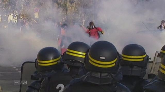 Manifestations violentes en France après la mort d'un jeune écologiste [RTS]
