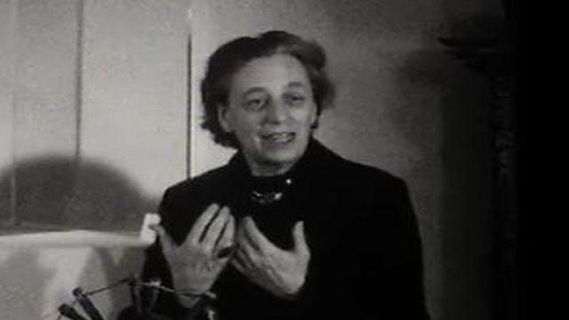 Marguerite Lobsiger-Dellenbach, directrice du Musée d'ethnographie de Genève (MEG), le 15.03.1965 (Carrefour-Soir Information) [RTS]