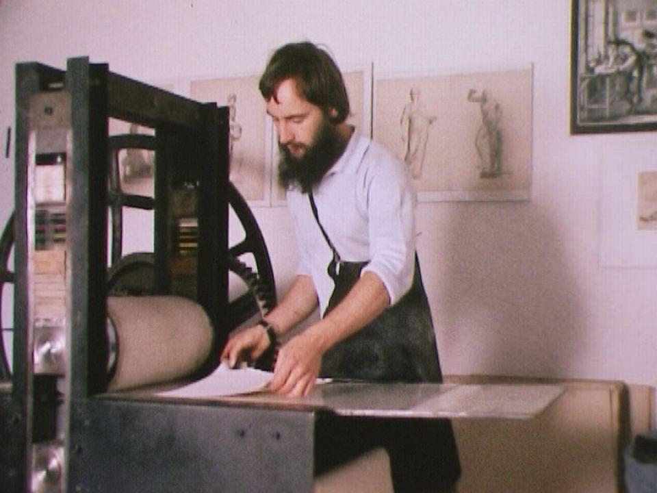L'atelier de gravure de St-Prex en 1974. [RTS]