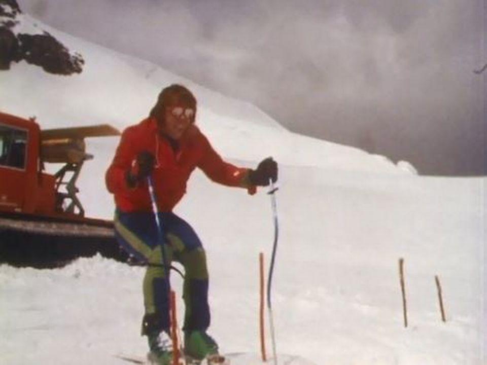 Tout l'été, l'équipe suisse s'entraîne pour la saison d'hiver. [RTS]
