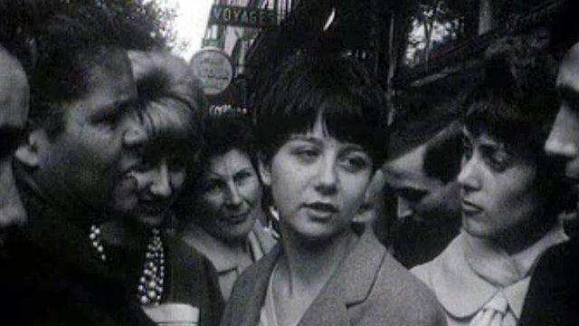 Réactions des Parisiens face à la possible arrivée des paras d'Alger.