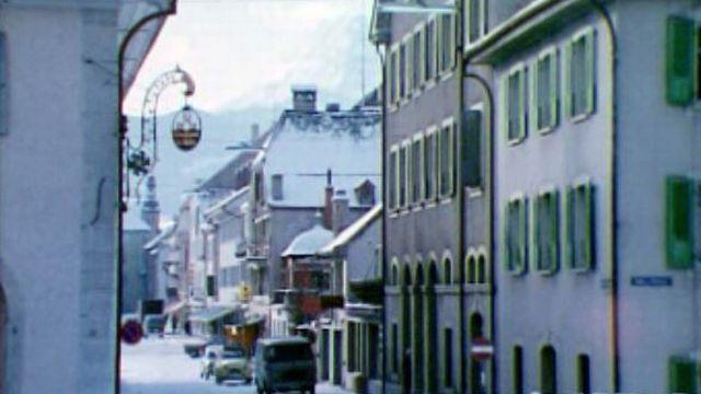 La ville de Bulle est poussée par son développement économique. [RTS]