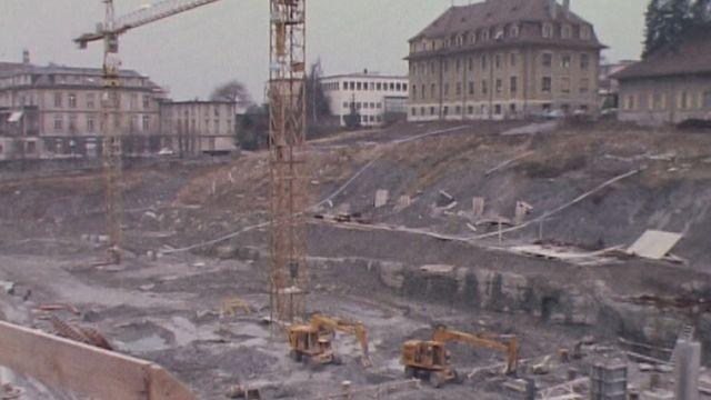 La construction du CHUV à Lausanne. [RTS]