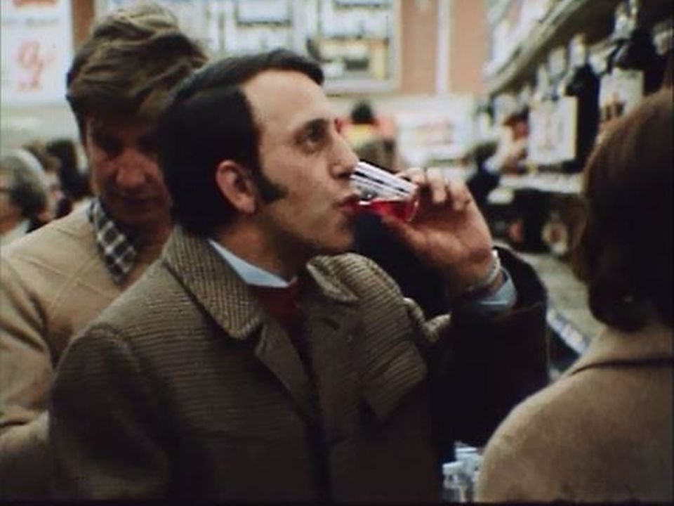 Témoignages sur les ravages de la dépendance à l'alcool. [RTS]