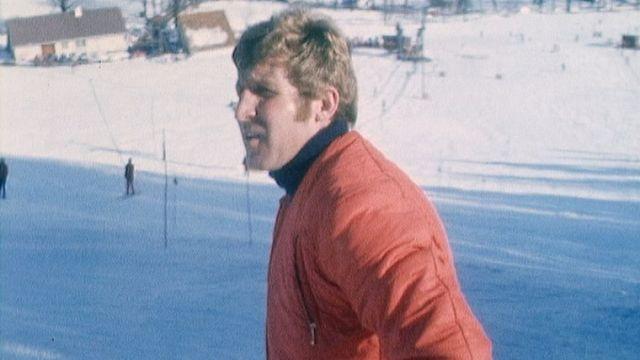 L'entraîneur de ski Jean-Pierre Besson dénonce. [RTS]