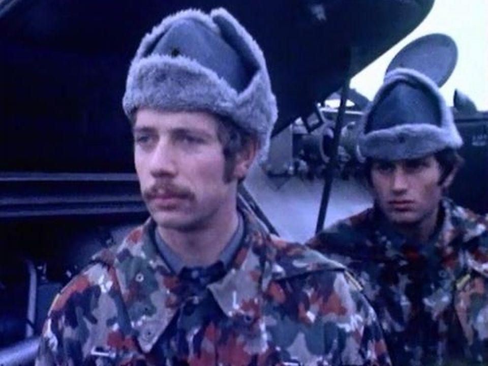 Les soldats protestent contre la suppression de la cavalerie. [RTS]