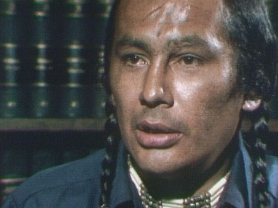 Russel Means, militant de l'American Indian Movement. [RTS]