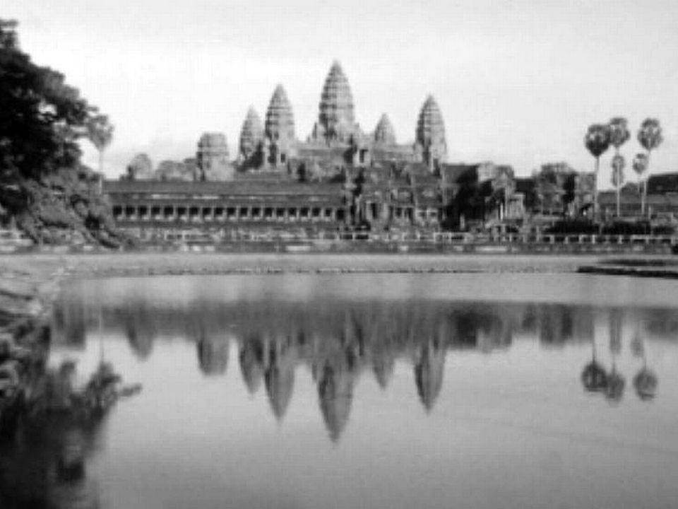 Richement irriguée, la plaine d'Angkor est le coeur de l'empire.