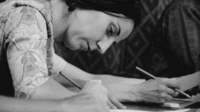 En 1973, des enseignants suivent un séminaire sur la créativité. [RTS]