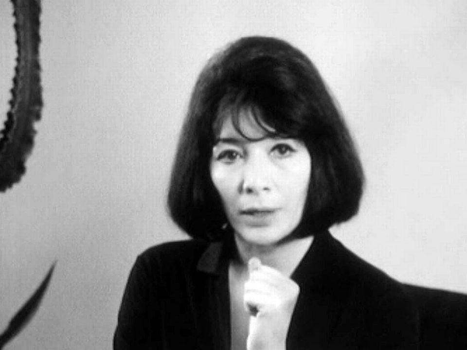 Juliette Gréco, en tournée en Suisse, présente ses dernières chansons.
