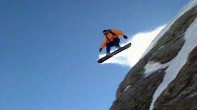 Une nouvelle génération de surfeurs prend souvent trop de risques.