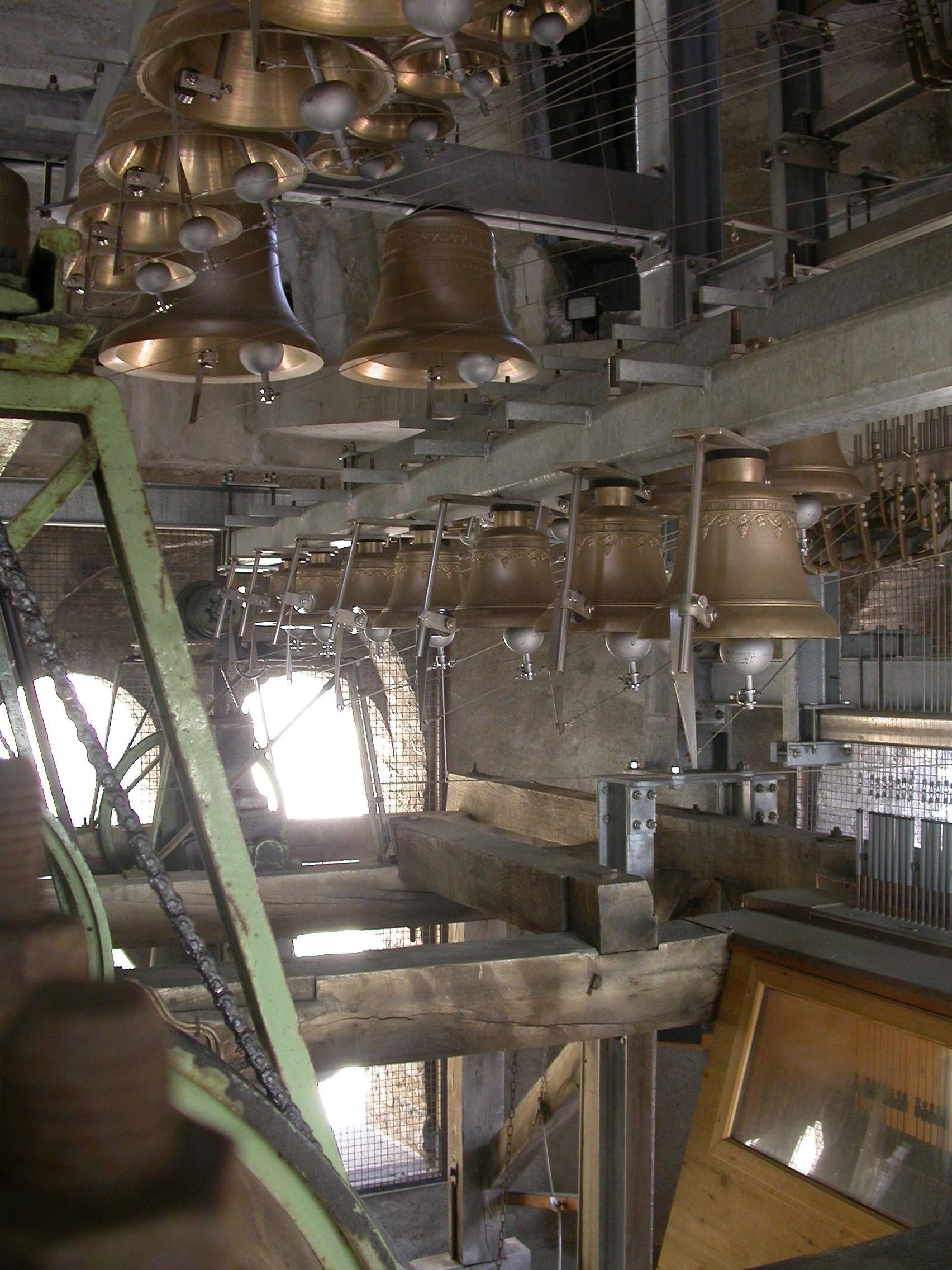 Suite de Bach au carillon