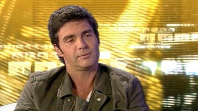 Laurent Deshusses, de la présentation sur TSR à la scène.