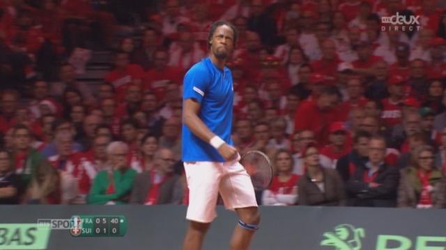 Finale, Federer - Monfils (1-6): Monfils conclut cette 1ère manche sur un jeu blanc [RTS]