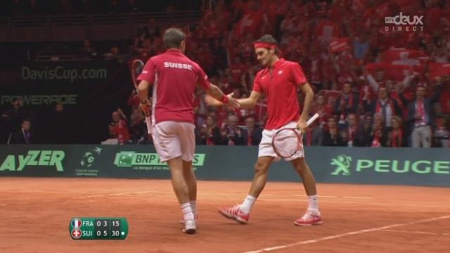 Finale, Federer-Wawrinka  - Benneteau-Gasquet (6-3): jamais inquiétés sur leurs jeux de service, les Suisses remportent la 1ère manche [RTS]