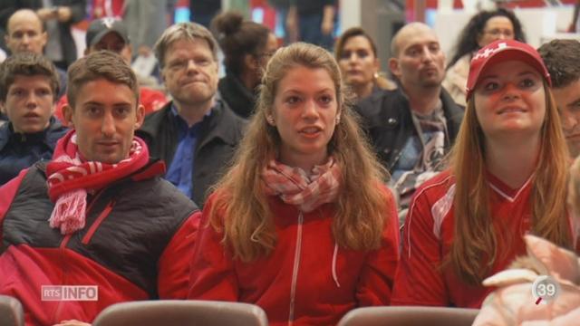 Tennis- Coupe Davis: l'ambiance est assurée dans la Fan Zone réservée aux passionnés à Palexpo (Genève) [RTS]