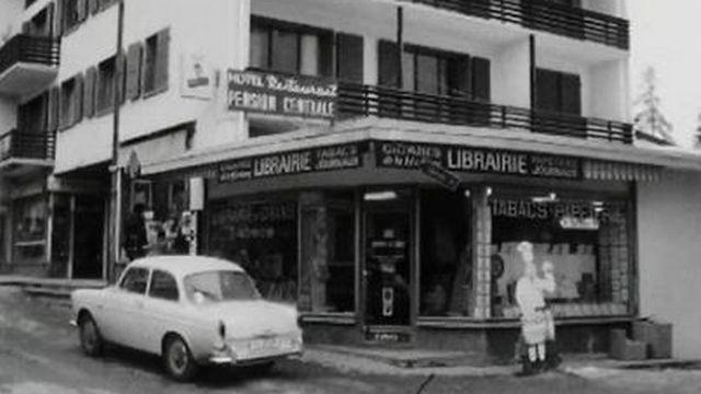 La librairie de Jacky Bonvin fait office de centre culturel à Crans. [RTS]