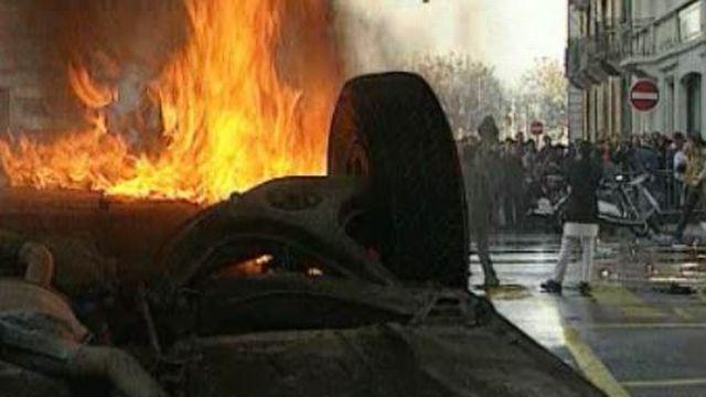Genève novembre 1995, un défilé militaire tourne mal. [RTS]