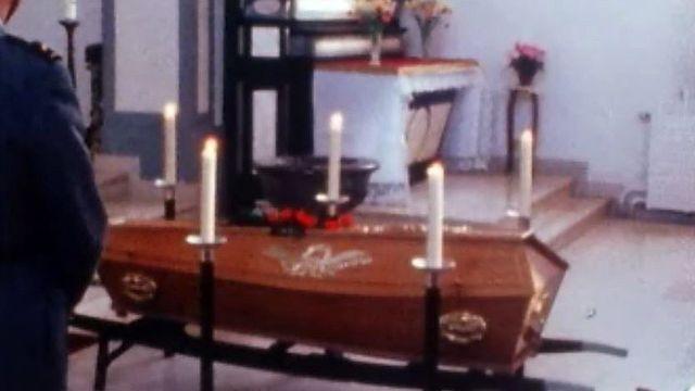 L'enterrement se doit de respecter certains rites immuables. [RTS]