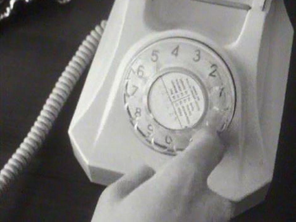 Des règles simples pour bien se comporter au téléphone. [RTS]