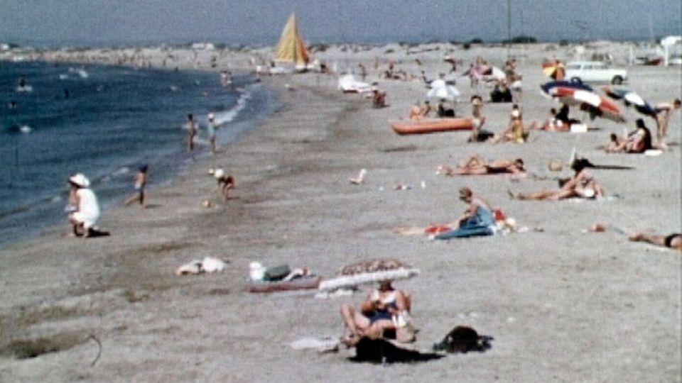 La région française du Languedoc-Roussillon et la station balnéaire de La Grande Motte en 1970. [RTS]