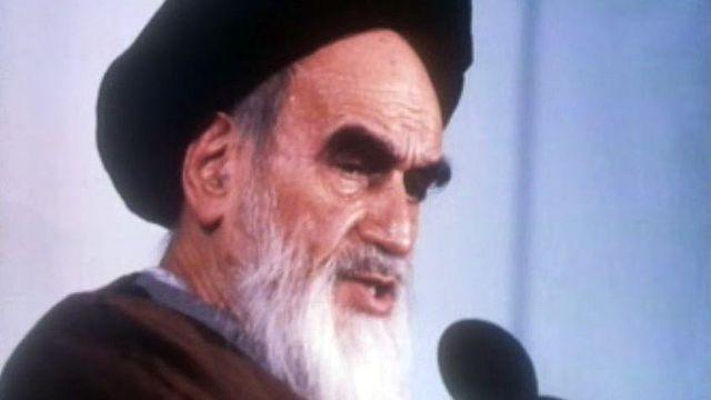 """""""Temps présent"""" tente un premier bilan de la révolution iranienne. [RTS]"""