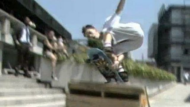 Pratiquer le skateboard, c'est fun! [RTS]