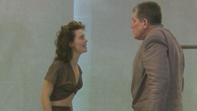 """Le théâtre des Osses présente """"Antigone"""" au Festival de la Bâtie en 1988. [RTS]"""