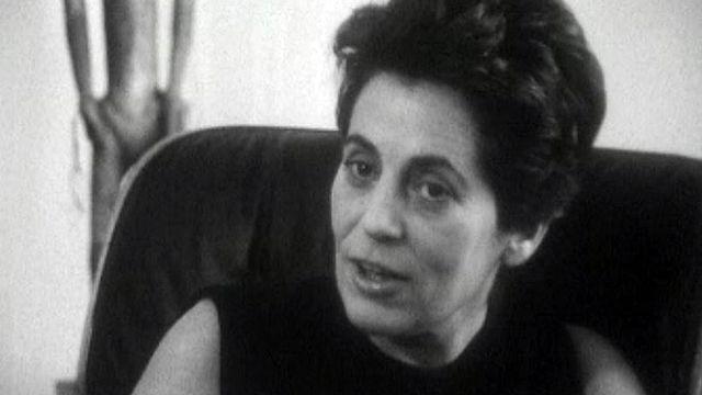 Françoise Giroud parle de la condition féminine.