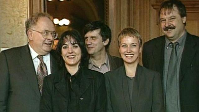 Les premiers pas des nouveaux parlementaires. [RTS]