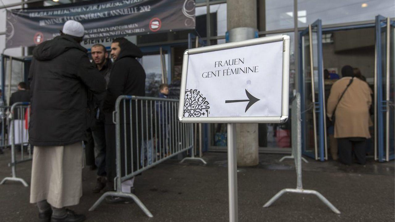 En 2012, le CCIS avait obtenu l'autorisation de tenir sa conférence annuelle à Forum Fribourg. [Peter Klaunzer - Keystone]