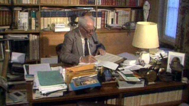 Maurice Zermatten, une vie consacrée à l'écriture. [RTS]