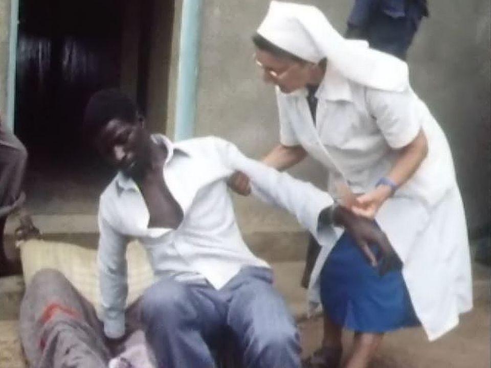 Religieuse au Rwanda en 1987. [RTS]