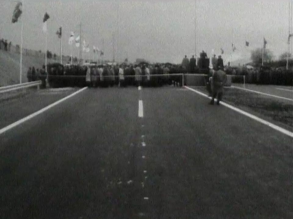 Cérémonie d'inauguration de l'autoroute Genève Lausanne le 24 avril 1964.jpg [RTS]