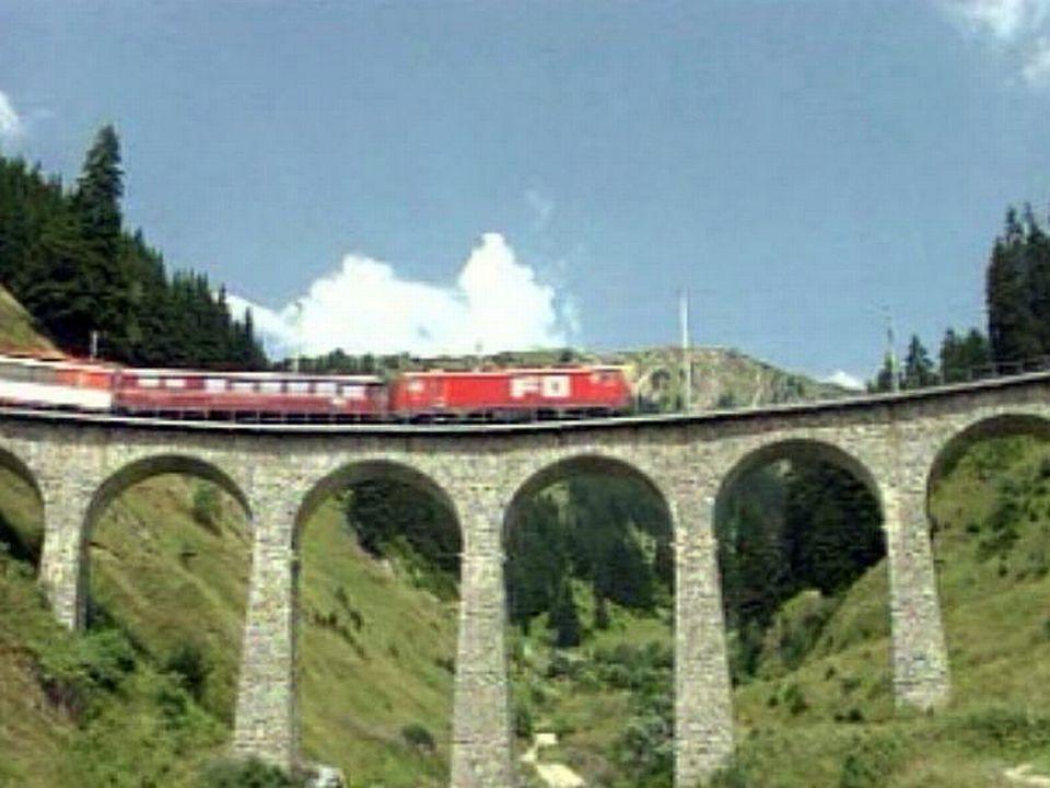 Huit heures de voyage d'un bout à l'autre de la Suisse.